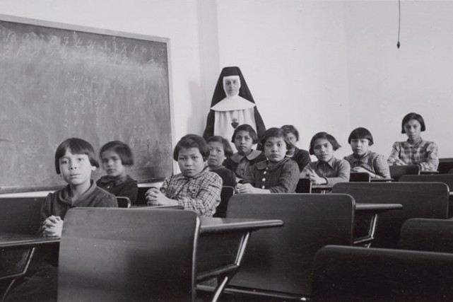 Plus de 200 anciens élèves de pensionnats fédéraux pour Autochtones qui avaient... (PHOTO ARCHIVES REUTERS/Commission de vérité et réconciliation du Canada)
