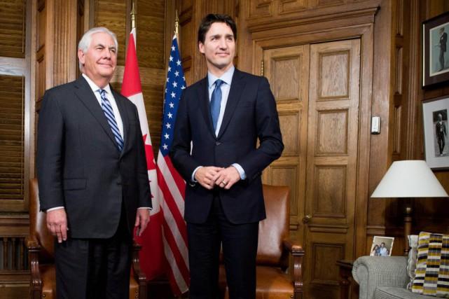 Le premier ministre Justin Trudeau et Rex Tillerson,... (ARCHIVES PC)
