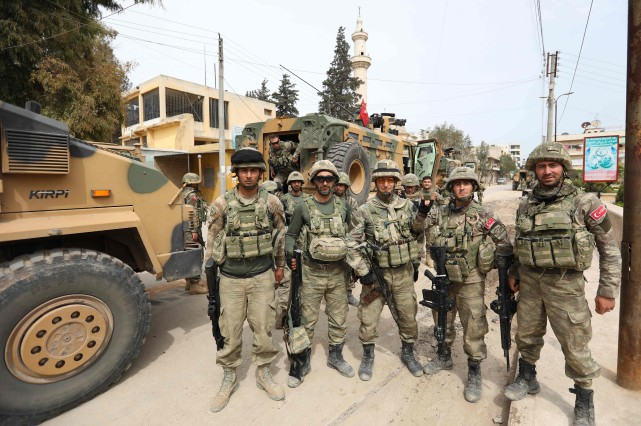 La conquête d'Afrine permet à Ankara de consolider... (PHOTO AFP)