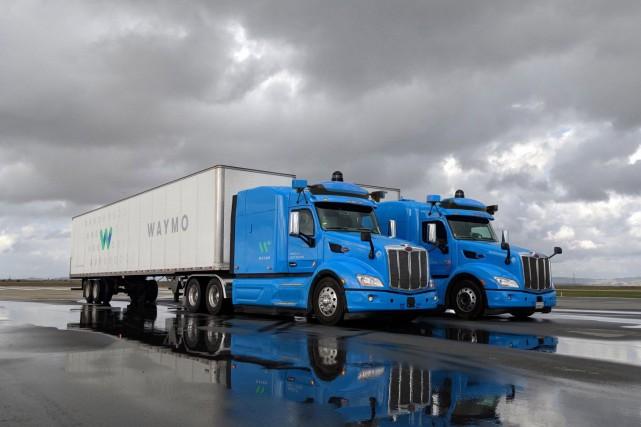 Les camions autonomes de Waymo.... (photo Alphabet)