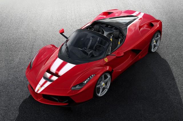 La Ferrari a déjà produit un moteur hybride,... (PHOTO FERRARI)