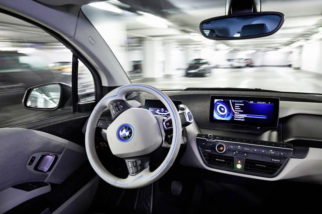 Une BMW autonome vue de l'intérieur durant une... (Photo BMW)