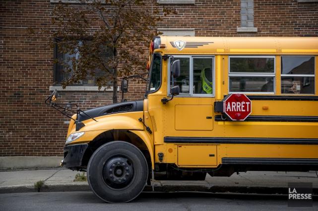 un chauffeur d 39 autobus avec des facult s affaiblies par l 39 alcool arr t fanny l vesque faits. Black Bedroom Furniture Sets. Home Design Ideas