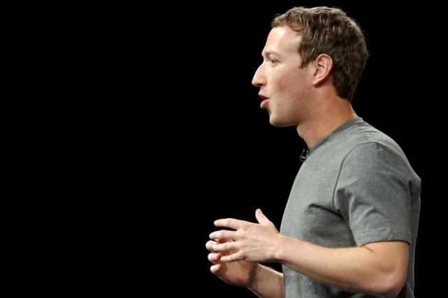 Mark Zuckerberg, président fondateur de Facebook... (PhotoAlbert Gea, archives Reuters)
