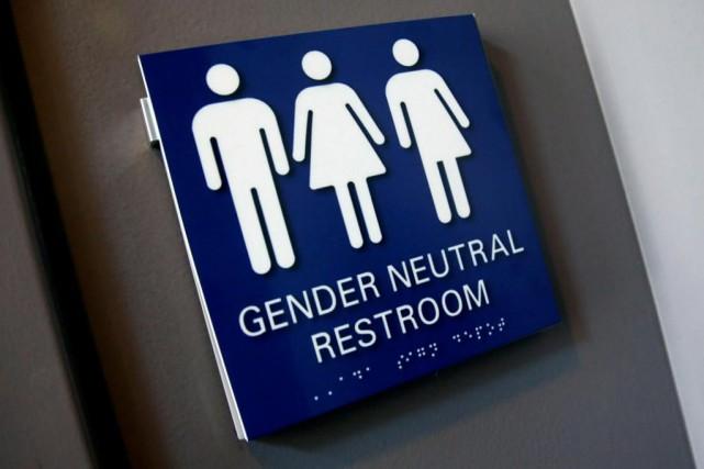 Scrs: des toilettes non genrées dans les bureaux dottawa joël