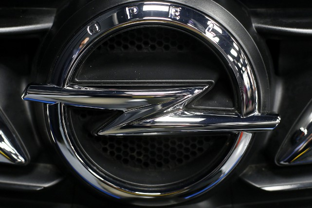 Opel (et sa marque britannique Vauxhall) employait à... (Photo Michael Probst, archives Associated Press)