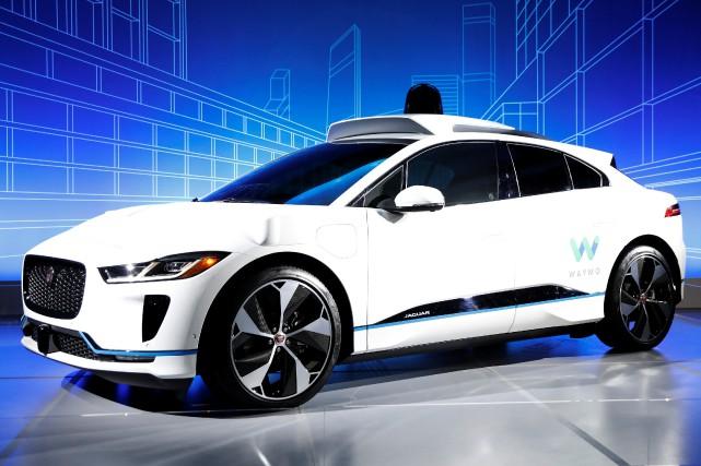 Jaguar avait dévoilé au début du mois l'I-PACE,... (Photo Brendan McDermid, Reuters)