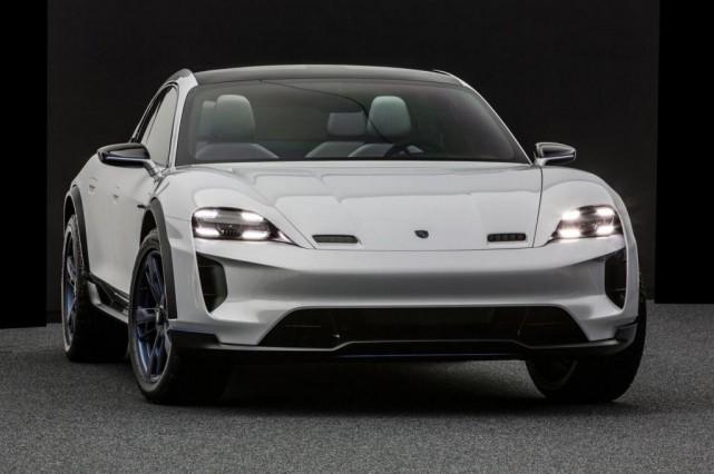 Le Mission E de Porsche... (Photo Porsche)