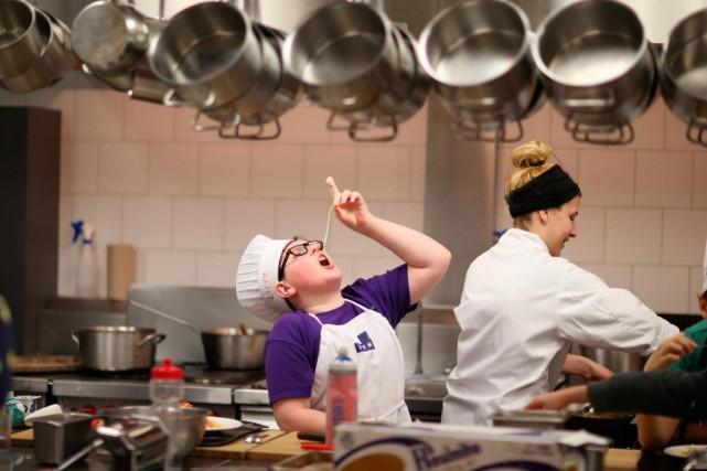 Camps de cuisine l 39 t c 39 est fait pour cuisiner marie for Alimentation maison pour chien
