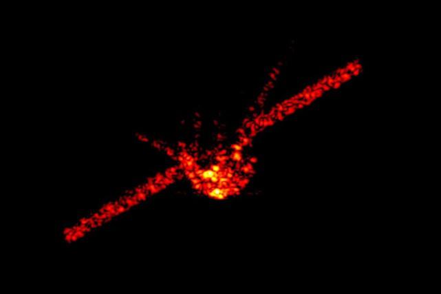 La fusée contenant le module Tiangong-1, lors de... (PHOTO AP/INSTITUT Fraunhofer-Gesellschaft)