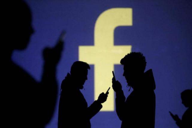 Facebook récupère des informations lorsqu'un utilisateur clique sur... (PhotoDado Ruvic, Reuters)