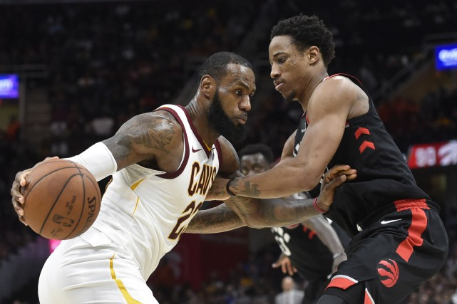 LeBron James a inscrit 27 points et les Cavaliers de Cleveland ont vaincu les... (PHOTO REUTERS)