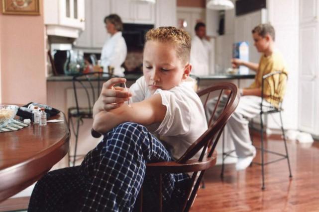 S'injecter de l'insuline peut être une corvée pour... (Photo Archives La Presse)