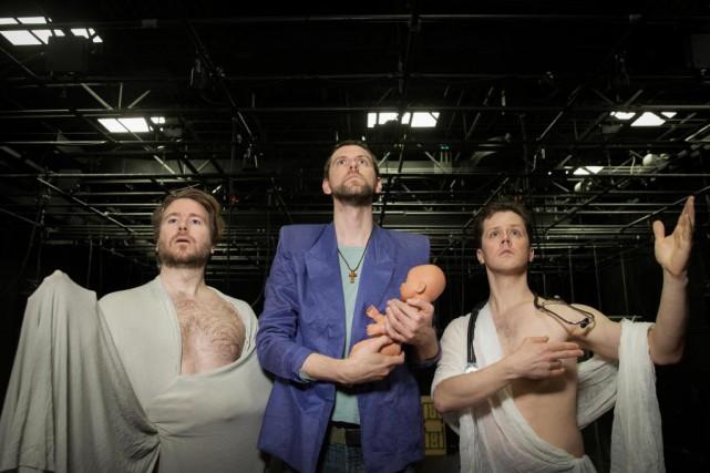 Les créateurs de la pièce Les secrets de... (Photo Ivanoh Demers, La Presse)