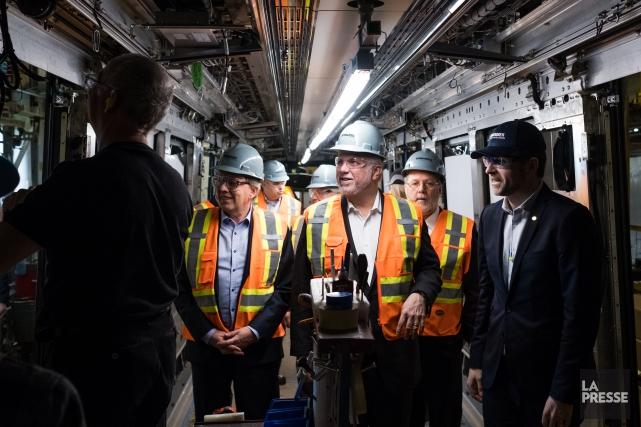 Le premier ministre Philippe Couillard a rencontré les... (Photo Martin Tremblay, La Presse)