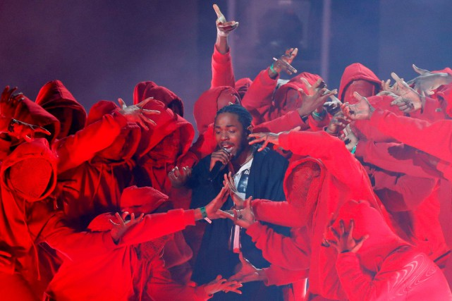 Kendrick Lamar lors d'une prestation aux Grammys.... (PHOTO ARCHIVES REUTERS)