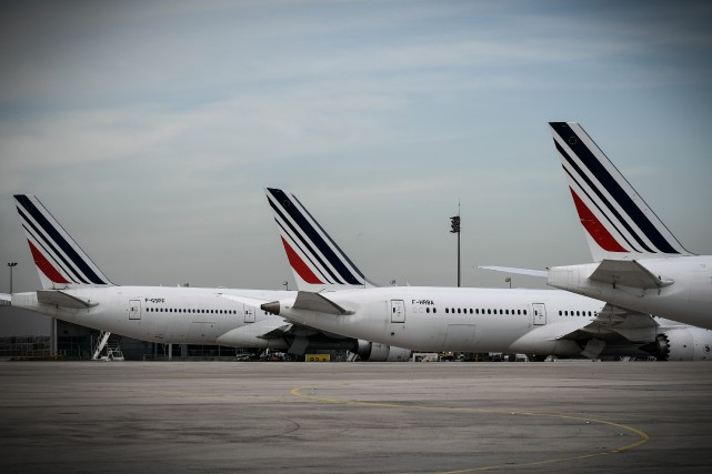 Des avions d'Air France à l'aéroport Charles-de-Gaulle de... (Photo PHILIPPE LOPEZ, Agence France-Presse)