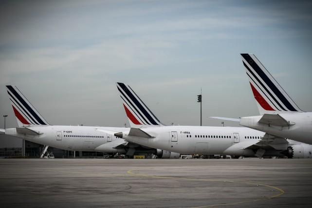 Des avions d'Air France à l'aéroport Charles-de-Gaulle de... (Photo PHILIPPE LOPEZ, Agence France-Presse)