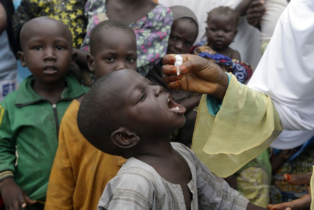 La «polio» peut entraîner une paralysie touchant le... (Photo Sunday Alamba, archives Associated Press)