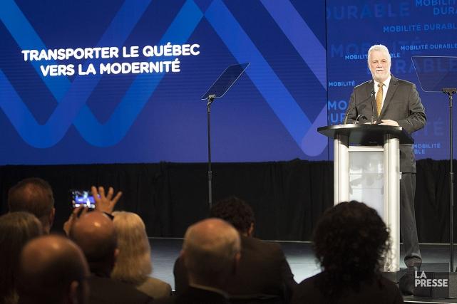 Le premier ministre Philippe Couillard a dévoilé sa... (Photo Patrick Sanfaçon, La Presse)