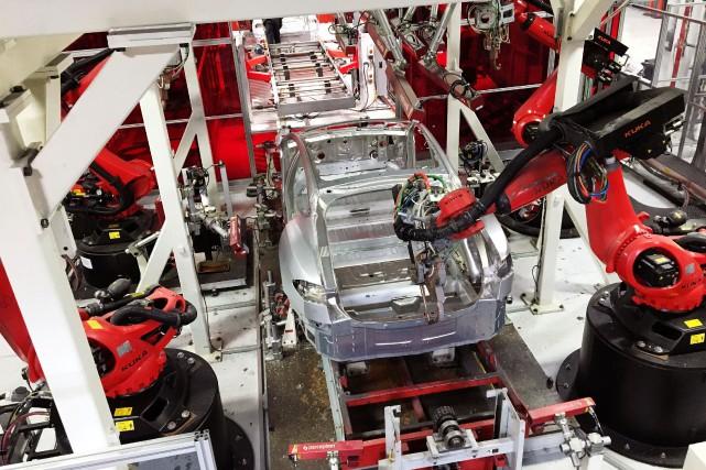 L'usine Tesla de Fremont, en Californie, a des... (REUTERS)