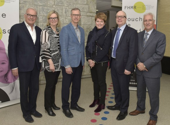 Alain Bouchard, Lucie Drapeau, Denis-Claude Roy, Sandra Bouchard,... (Photo fournie par la Fondation)