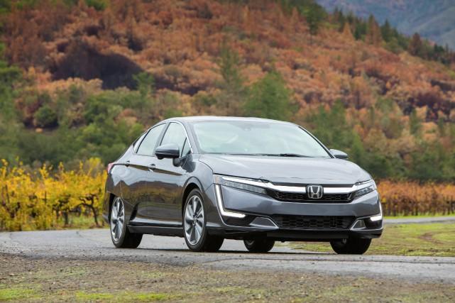 2018 Honda Clarity Plug-In Hybrid... (Honda)