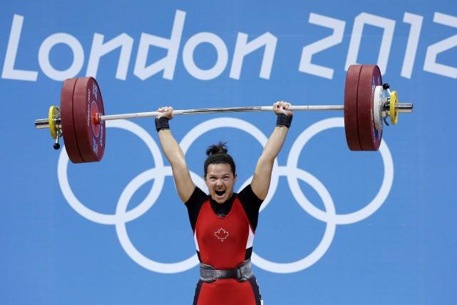 L'haltérophile québécoise Christine Girardavait initialement décroché la médaille... (Photo Hassan Ammar, archives AP)