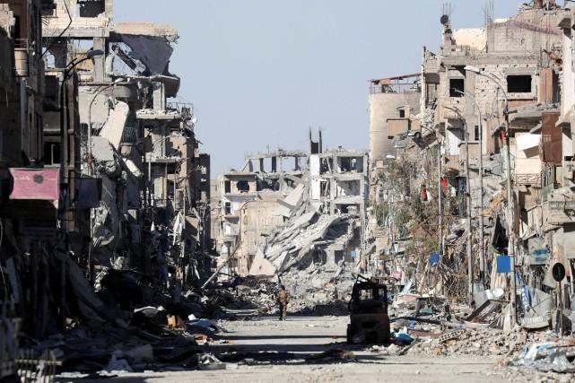 Syrie: entre 150 et 200cadavres découverts dans un charnier