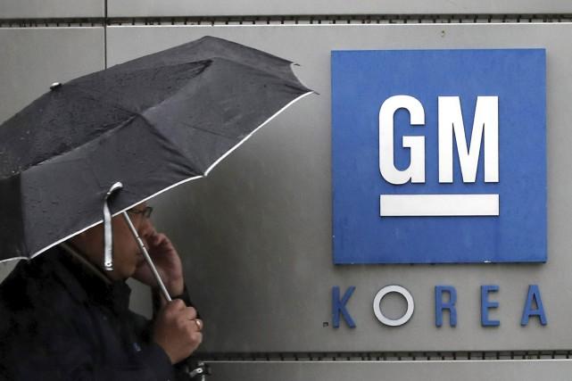 À Wall Street, le titre de GM reculait... (AP)