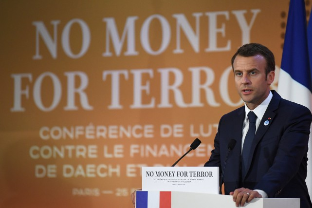 French President Emmanuel Macron gives a speech as... (Photo Eric Feferberg, Reuters)