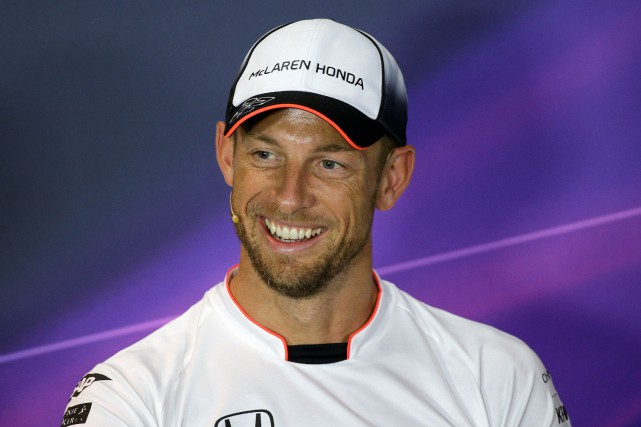Jenson Button, à l'époque chez McLaren, avant le... (Photo REUTERS)