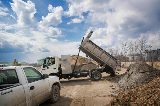 «L'industrie de la construction marche à plein régime!... (Photo Marco Campanozzi, La Presse)