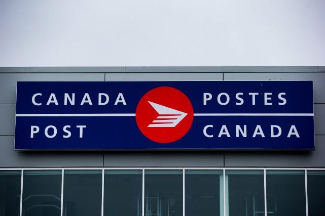Le segment Postes Canada du groupe d'entreprises a... (Photo Darryl Dyck, archives PC)