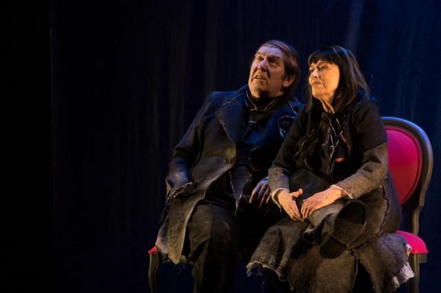 La pièce Les chaises d'Eugène Ionesco, un classique... (Photo Olivier Jean, La Presse)