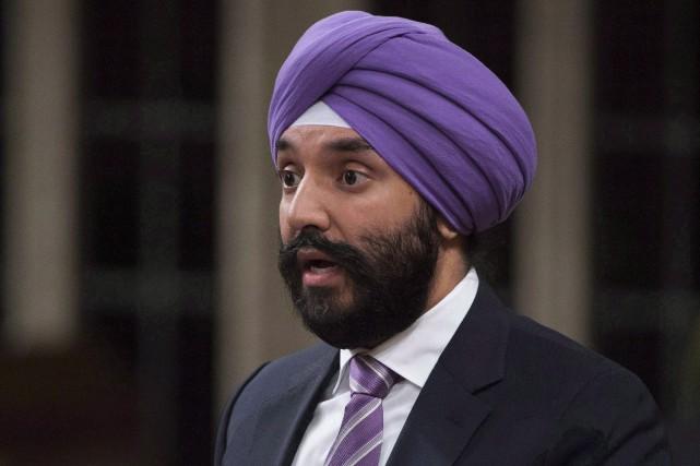 Le ministre fédéral de l'Innovation, Navdeep Bains... (PHOTO ARCHIVES LA PRESSE CANADIENNE)