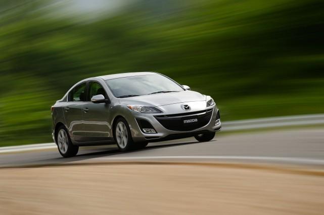 Les voitures d'un certain âge consomment plus que... (Photo Mazda)
