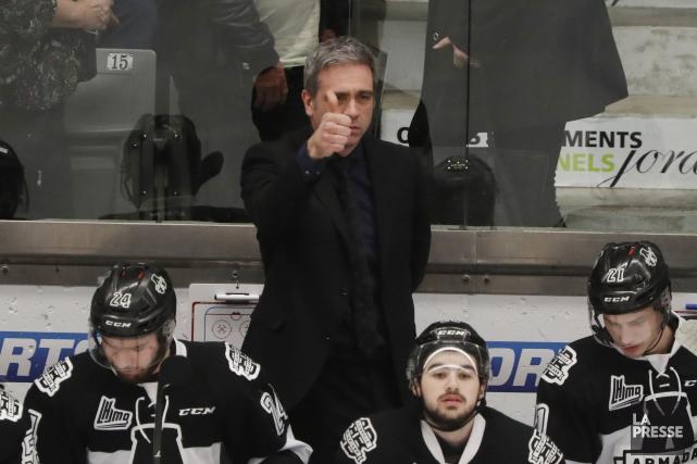 Même si son équipe n'est qu'à une défaite... (Photo Martin Chamberland, La Presse)