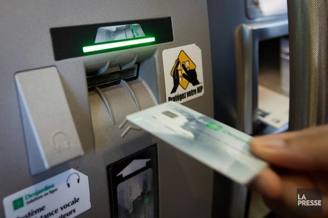 Environ 90% des transactions chez Desjardins sont effectuées... (PHOTO IVANOH DEMERS, ARCHIVES LA PRESSE)