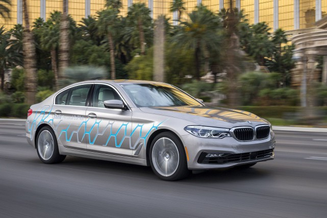 Des BMW Série 7 autonomes vont rouler à... (Photo BMW)