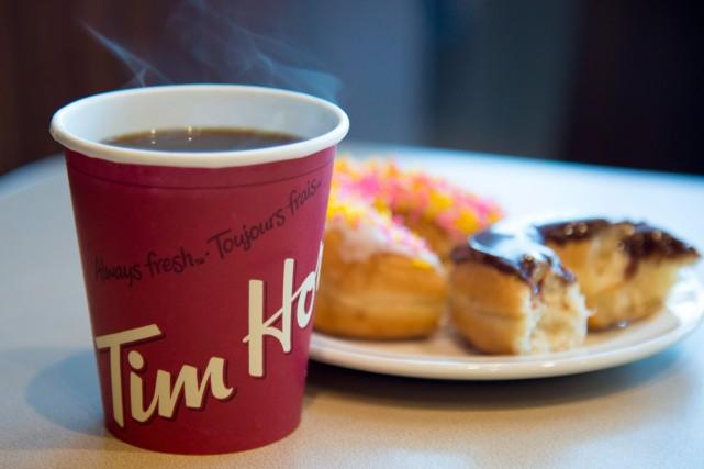 Un franchisé de Tim Hortons poursuit la société mère de la chaîne de cafés,... (Photo archives La Presse Canadienne)