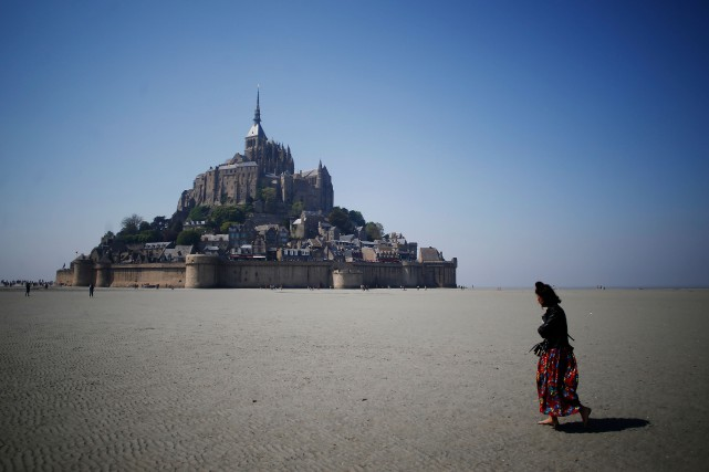 Le Mont-Saint-Michel.... (Photo CHARLY TRIBALLEAU, Agence France-Presse)