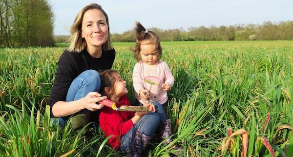 Marie-Élise Samson et ses enfants.... (Photo fournie par Équiterre)