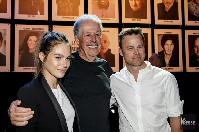 Denys Arcand aux côtés de deux acteurs de... (PHOTO ALAIN ROBERGE, ARCHIVES LA PRESSE)