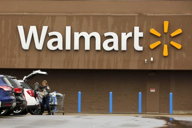 Walmart a affiché un bénéfice net de 2,13... (AP)