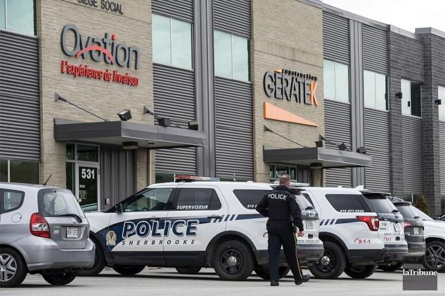 Les policiers de Sherbrooke avaient initialement mobilisé une... (Jessica Garneau, Spectre Média via La Tribune)