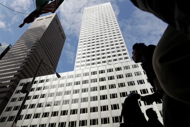 Le gratte-ciel de 41 étages, située au 666... (ARCHIVES REUTERS)