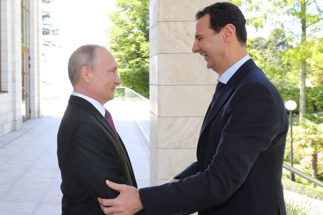 VladimirPoutine a félicité jeudi son homologue syrien pour... (PHOTO AFP)