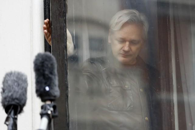 Le fondateur de Wikileaks, Julian Assange, s'est réfugié... (PHOTO Frank Augstein, ARCHIVES AP)