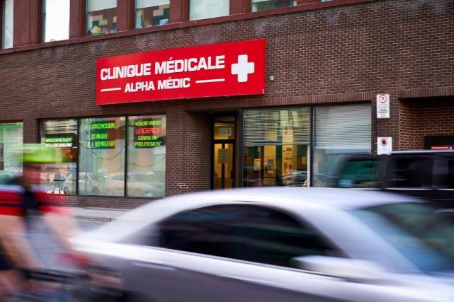 Le DrRaymond Rezaieest le fondateur de la Clinique... (Photo André Pichette, La Presse)